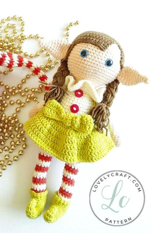 Elf Berry Amigurumi Christmas crochet pattern with skirt