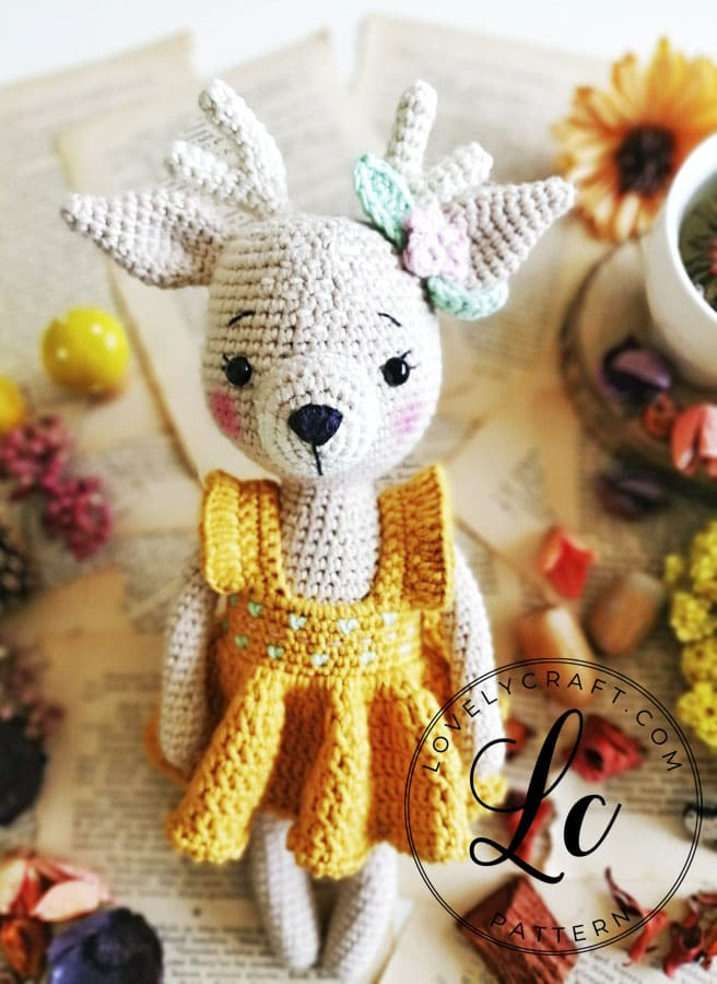 Crochet Deer Amigurumi free pattern for Christmas