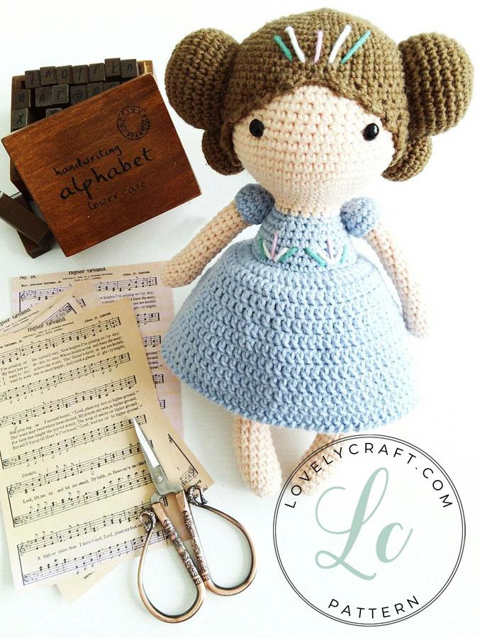 Maribel Doll (1)