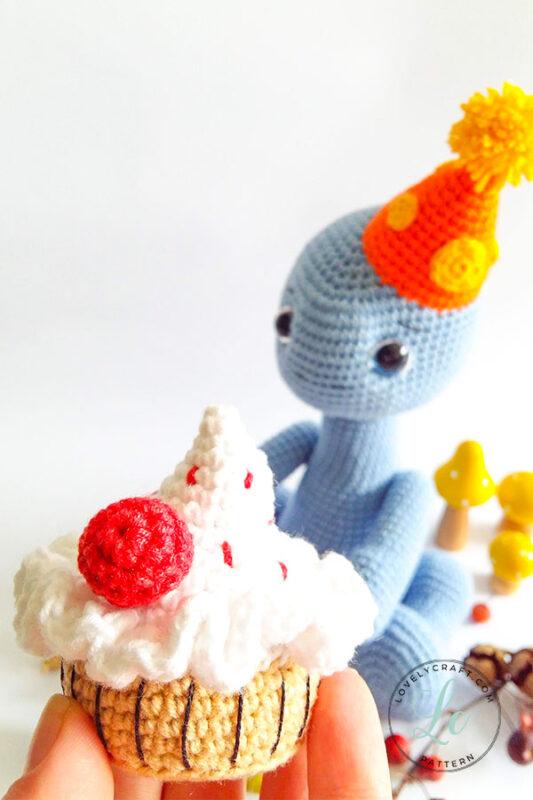 Happy Monroe Dinosaur Amigurumi Crochet Pattern