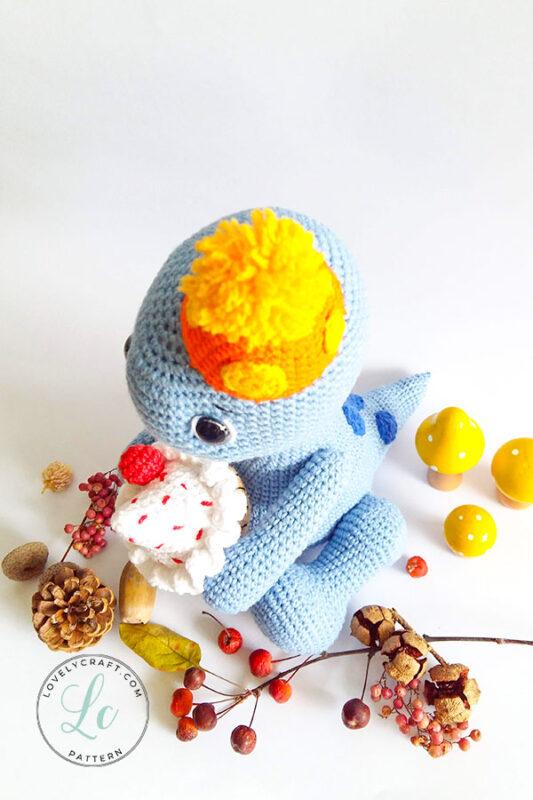 Happy Monroe Dinosaur Amigurumi Crochet Pattern up side