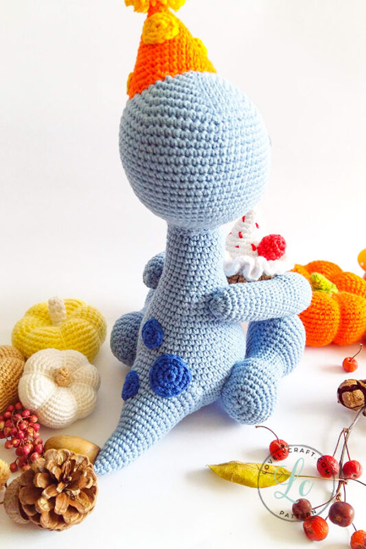 Happy Monroe Dinosaur Amigurumi Crochet Pattern back side