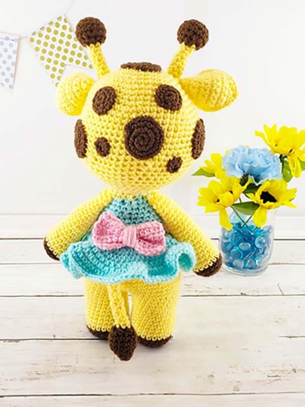 Amelia The Giraffe Amigurumi Free Crochet Pattern 1
