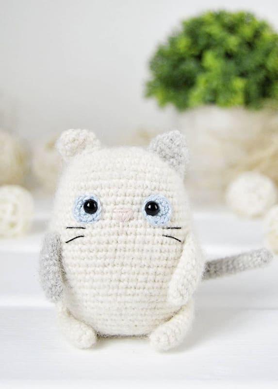 Little Cat Amigurumi Crochet Free Pattern (1)