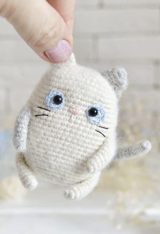 Little Cat Amigurumi Crochet Free Pattern (2)