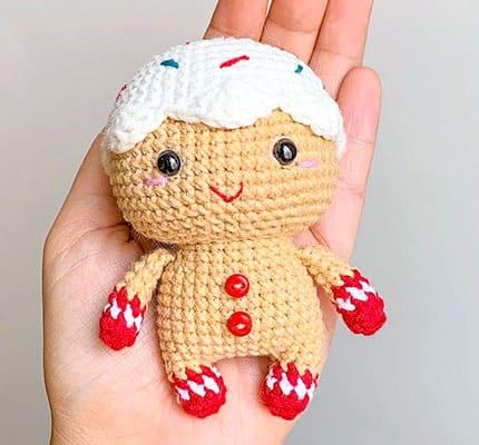 Mini GingerBread man amigurumi characters, gingerbread keychain