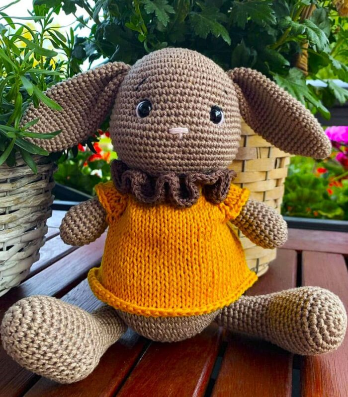 Ponchino Little Bunny Free Crochet Pattern (3)