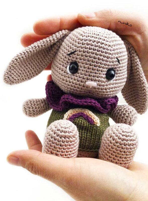 Ponchino Little Bunny Free Crochet Pattern (4)