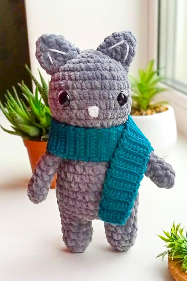 cute cat amigurumi free pattern, cat toy crochet pattern