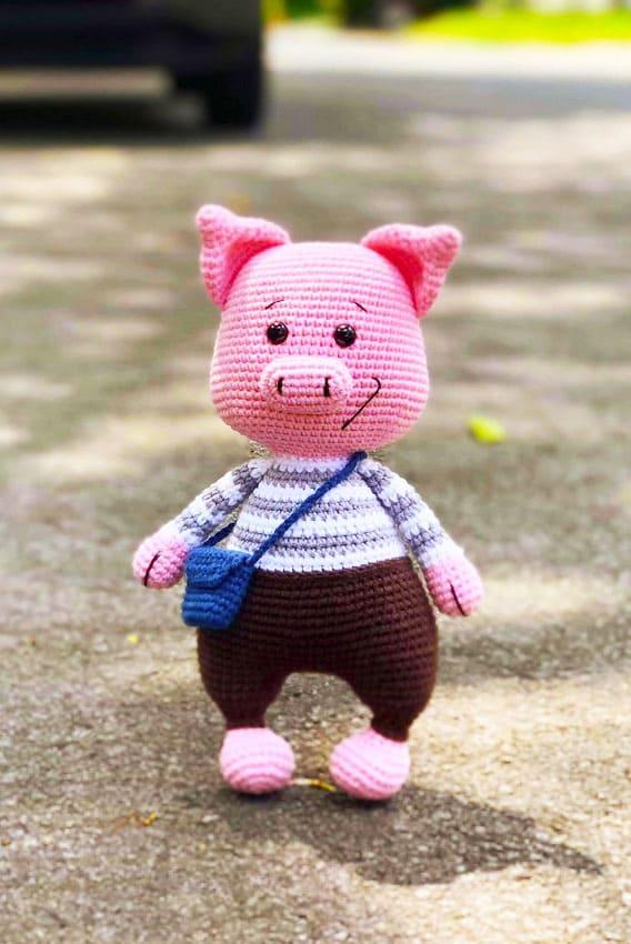 Lovely Amigurumi pig crochet pattern