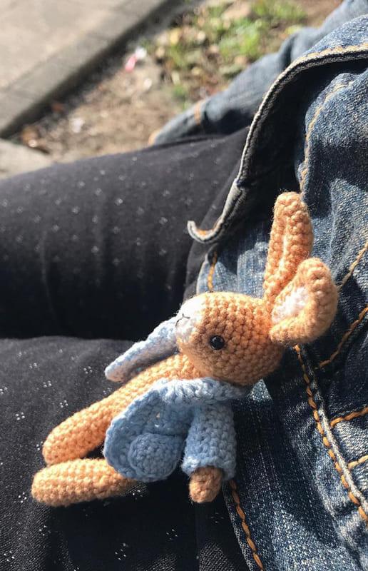 Pocket Bunny Amigurumi Free Crochet Pattern (1)