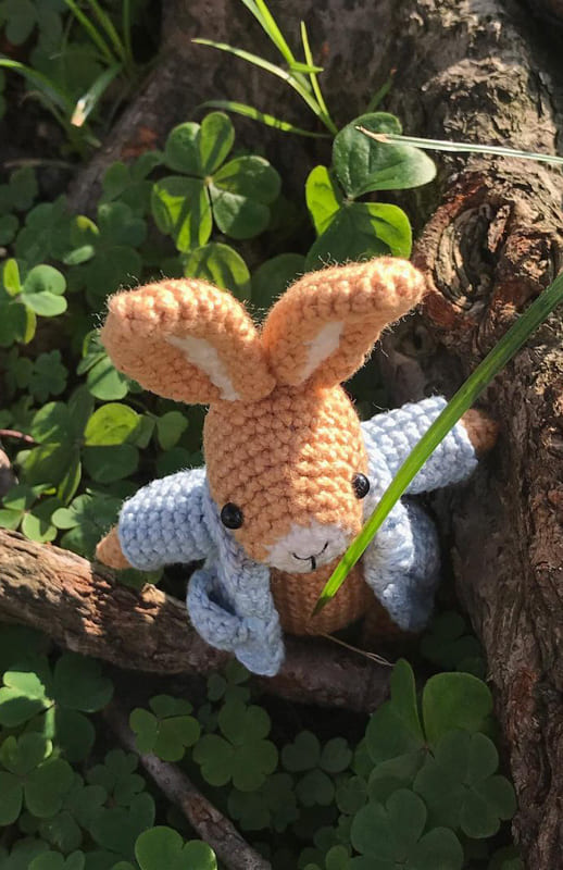 Pocket Bunny Amigurumi Free Crochet Pattern (3)