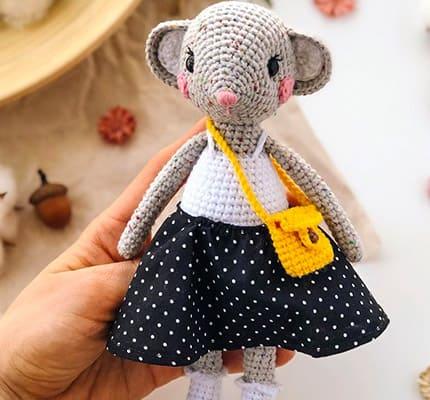 Cute Mouse Amigurumi Crochet Pattern