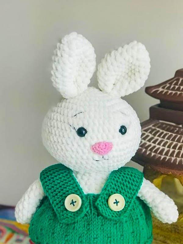 plush bunny amigurumi free crochet pattern