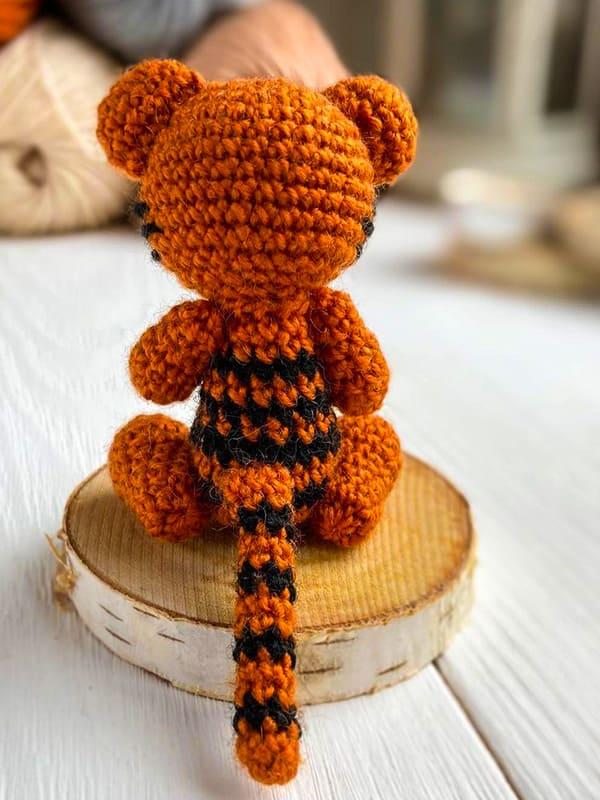 tiny tiger, tail
