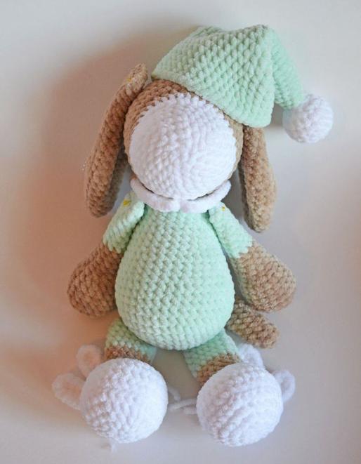 Sleeping Dog Sonia Amigurumi Crochet Pattern