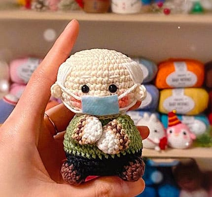 Chibi Bernie Sanders Amigurumi Crochet Pattern