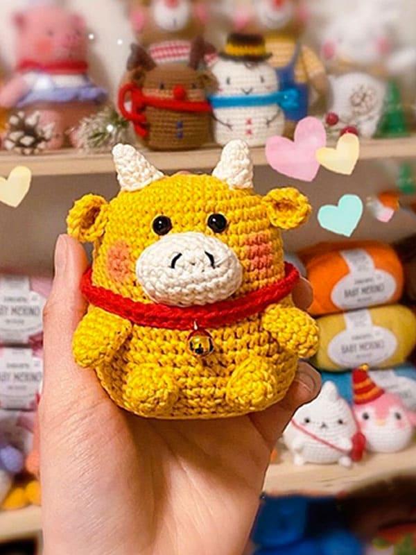 Golden Ox Amigurumi Crochet Pattern