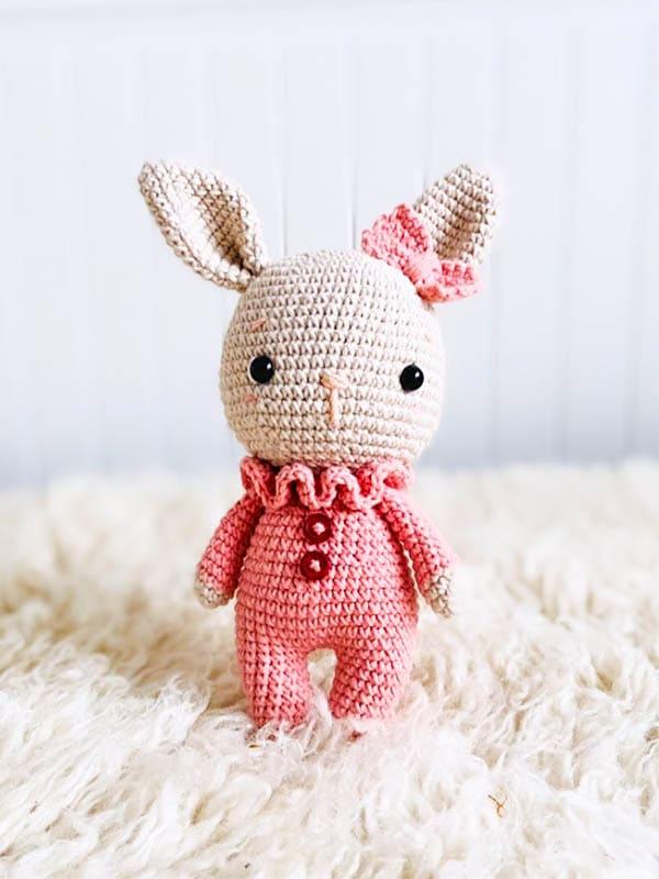 cute bunny amigurumi free pattern, bunny amigurumi pattern, sweet bunny amigurumi pattern