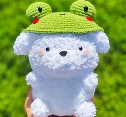 amigurumi dog, crochet dog pattern, crochet dog with frog hat