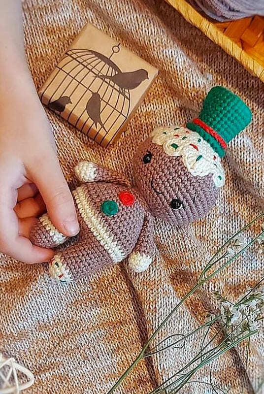 Crochet Gingerbread Amigurumi Free Pattern
