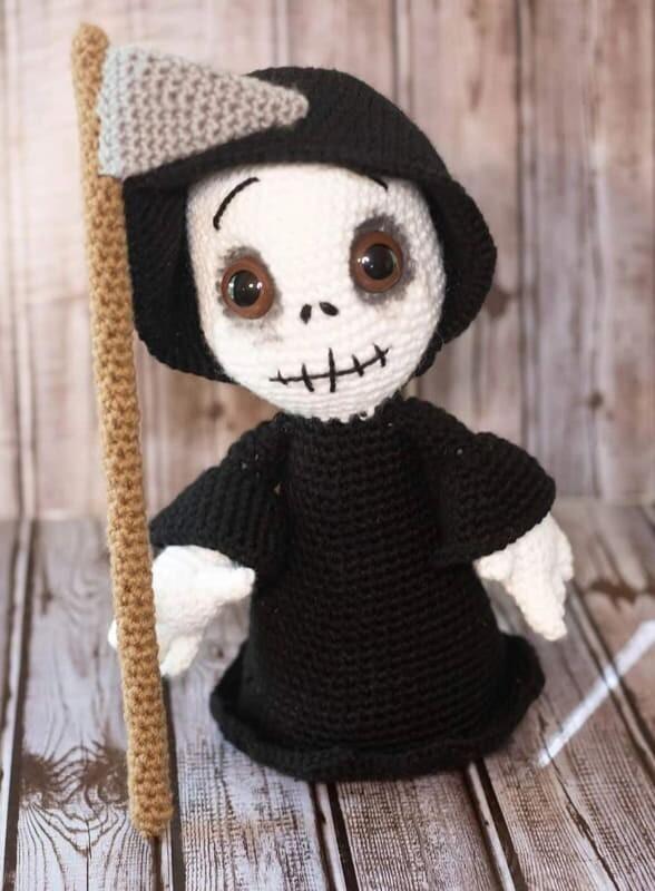 Crochet Grim Reaper Amigurumi Free Pattern
