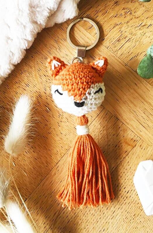 Easy Crochet Fox Keychain Amigurumi Free Pattern (3)