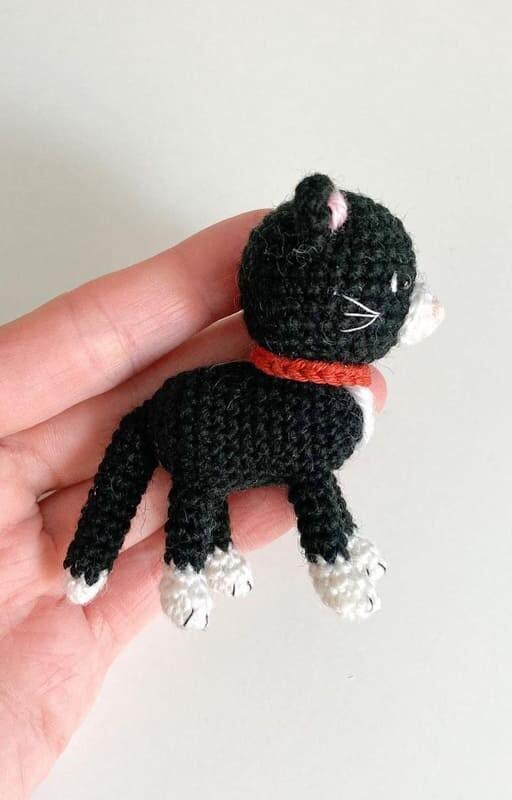 Little Amigurumi Cat Crochet Free Pattern (3)