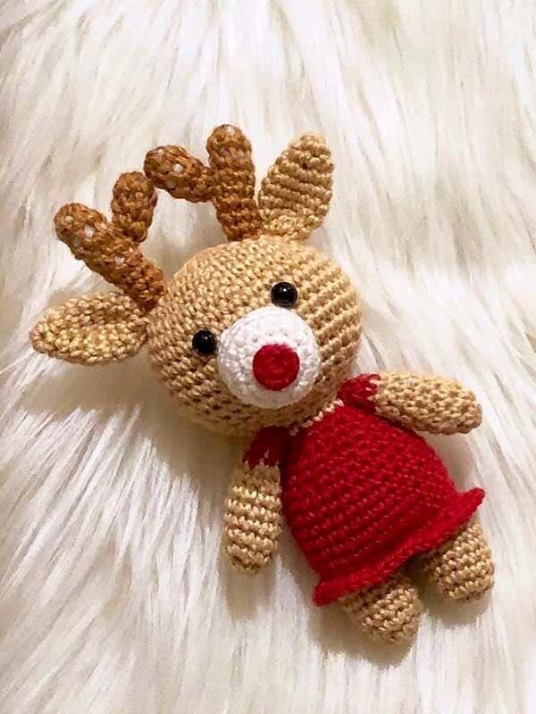 reindeer, couple, amigurumi, crochet, pattern, free pattern, christmas, noel, new year, xmas, skirt, girl, horns