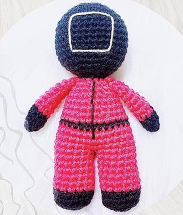 Crochet Squid Game Amigurumi Free Pattern body