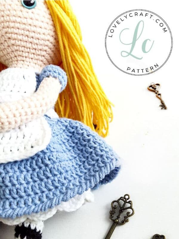 Crochet Alice in Wonderland Amigurumi Free Pattern (2)