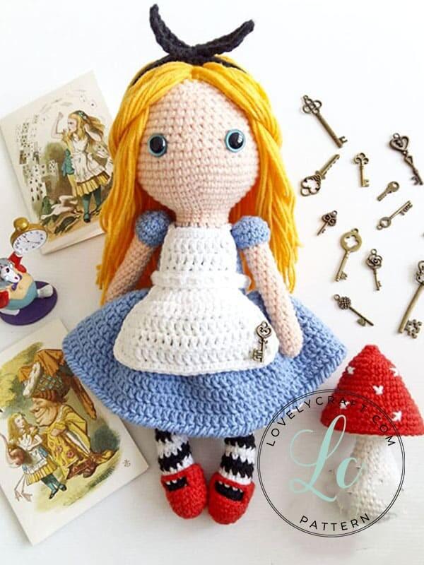 Crochet Alice in Wonderland Amigurumi Free Pattern (5)
