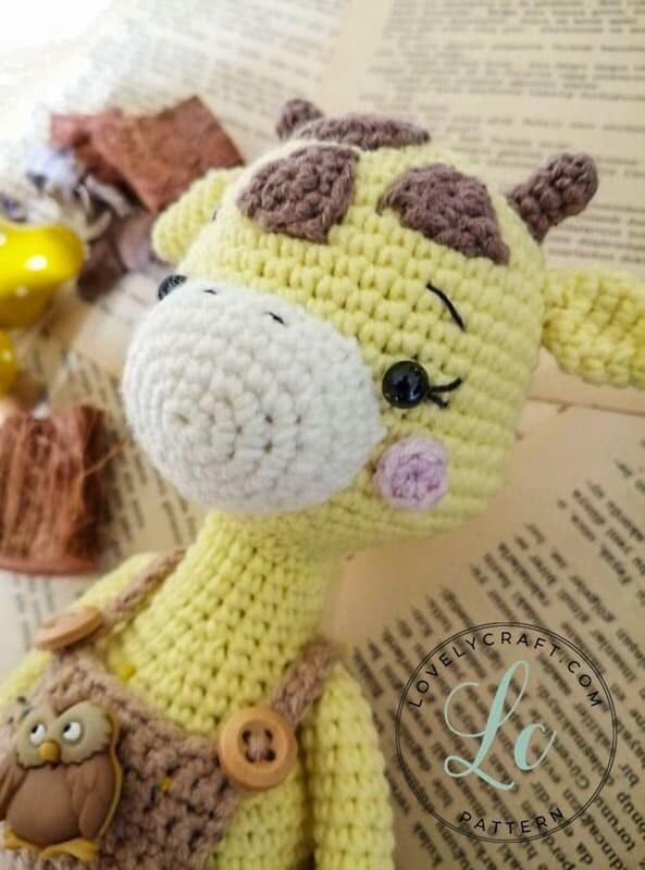 Crochet Giraffe Rufus Amigurumi Free Pattern (4)