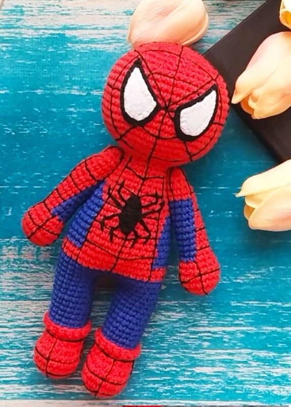 Crochet Spiderman PDF Amigurumi Free Pattern (1)