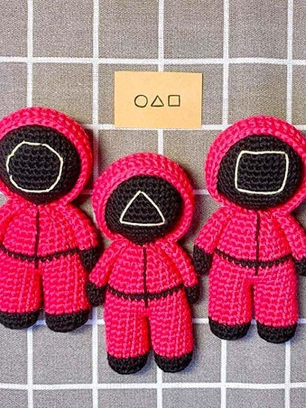 Crochet Squid Game PDF Amigurumi Free Pattern (2)