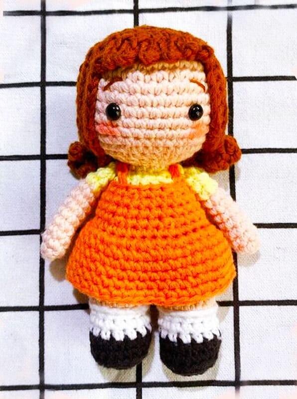 Crochet Squid Game Robot Girl Amigurumi Free Pattern (1)