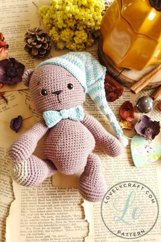 Crochet Teddy Bear Bubsy Amigurumi Pattern with hat