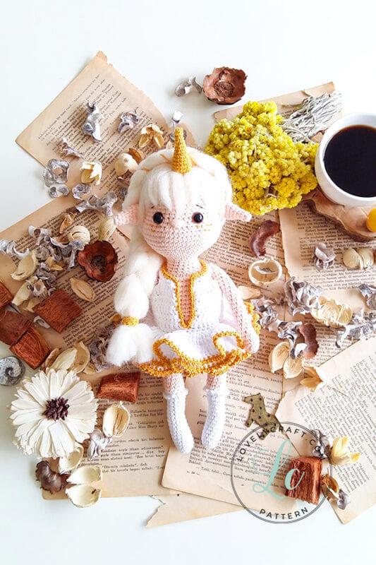 Crochet Viking Girl Amigurumi Doll Free Pattern (2)