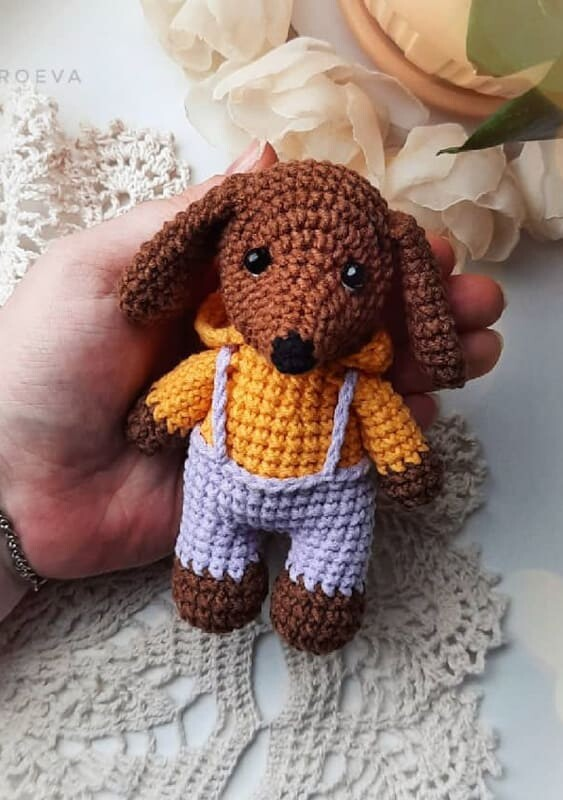 Little Dachshund Crochet Dog Amigurumi Pattern (3)