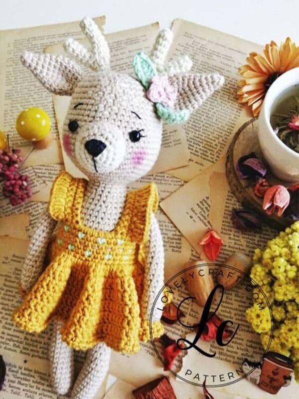 Nenana Ciervo muñeca Amigurumi patrón de ganchillo gratis