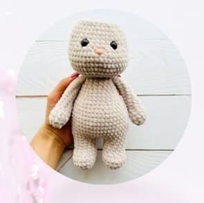 Plush Crochet Velvet Bunny Amigurumi Free Pattern head
