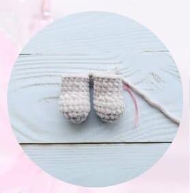 Plush Crochet Velvet Bunny Amigurumi Free Pattern legs